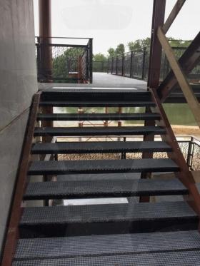 踏步板工程案例