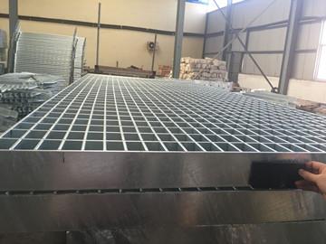 格栅板生产成品